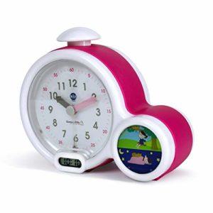 Claessens' Kid – Clock – Réveil Enfant Educatif Jour/Nuit Lumineux – Double Affichage et 3 Alarmes au choix – Fonctionne Sur Secteur ou à Piles – Rose