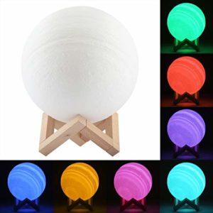 Lumière décorative 18cm tapota 3D Imprimer Jupiter Lampe, USB Charge 7 Changement de Couleur LED d'économie d'énergie Veilleuse avec Support en Bois Home Base Lampe Décoration