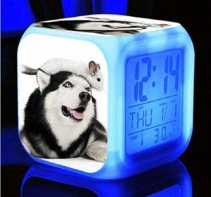 N/J cadeau d'anniversaire très mignon chien rauque réveil LED 7 couleurs couleur numérique réveil pour la chambre des enfants veilleuse quatre horloges S,I adapté pour les enfants