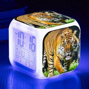 HHCYY Tigre Réveil Enfant Garçon Réveil Numérique Pour Les Filles Wake Up Light Horloge De Chevet Avec La Veilleuse Led Horloge À Changement De Couleur Cadeaux D'Anniversaire (K24)
