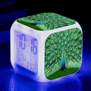 Réveil pour enfants avec affichage multifonction Réveil à couleur changeante, Réveil à écran ouvert Peacock, Réveil musical à LED à changement de couleur, Lampe de réveil de chevet SeeChart7