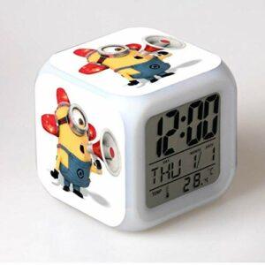 TYWFIOAV Réveil à LED à changement de couleur – Réveil en forme de minion – Lumineux – Multifonctionnel – Pour enfants