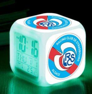 Yyoutop Association Sports Réveil Club LED Réveil Réveil Lumineux Horloge Numérique 7 Couleur Montre