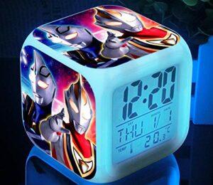 Siro Dina La nouvelle lampe de table réveil lumineux rechargeable Ultraman Dina Superman Di colorée à changement de couleur pour les étudiants