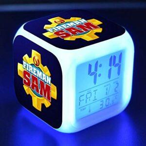 TYWFIOAV Réveil numérique LED 7 couleurs changeantes – Cadeau idéal pour les enfants – Pour réveiller la lumière de la lumière