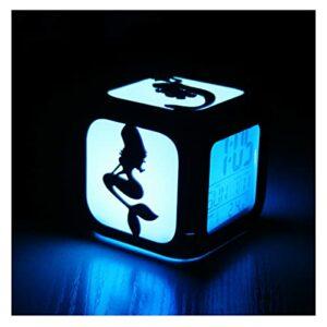 XY-M La Déesse De La Mer De La Mer Déesse Créative 3D Stéréo Stéréo Petit Réveil Marvel LED Lumière De Nuit Électronique Horloge De Chevet Chambre-Chambre À La Chambre USB