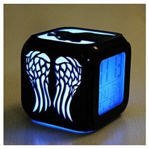 XY-M The Walking Dead Fashion Creative 3D Stéréo Petit Réveil LED Veilleuse Horloge Électronique De Chevet Horloge-USB Charge