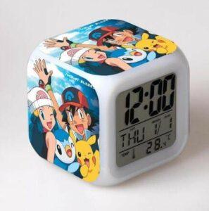 TYWFIOAV réveil numérique pour Enfants LED 7 Couleurs Anime Lampe veilleuse Chambre Horloge réveil